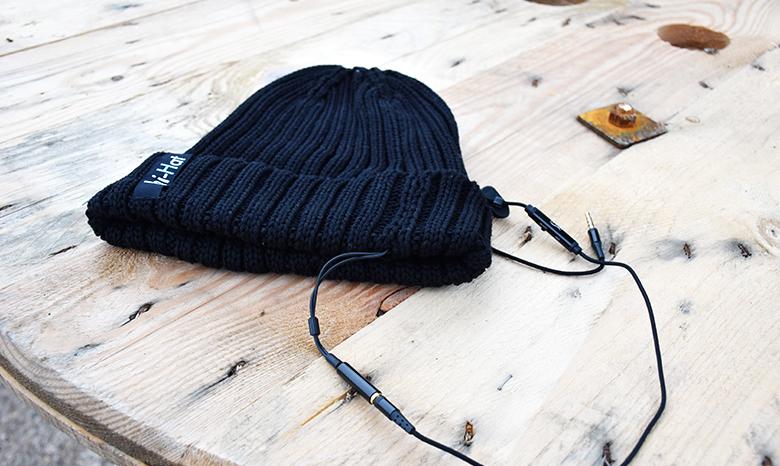 Warm durch den Winter mit der All-in-One-Mütze von hi-Hat.